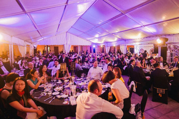 gulfstream charity gala dinner in hong kon